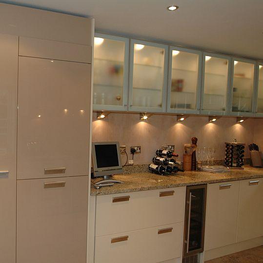 Kitchen Installation Cream And Mocha High Gloss Willow Interiors